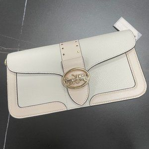 Authentic Coach New Tabby 5497